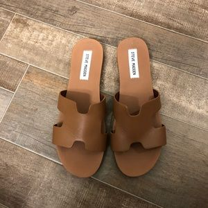 Steve Madden Sandals Size 9.
